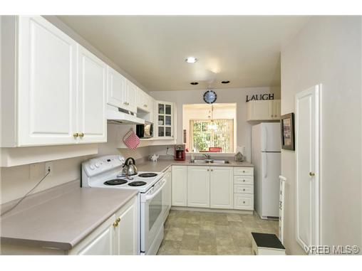 108 632 Goldstream Ave - La Fairway Townhouse for sale, 3 Bedrooms (365249) #11